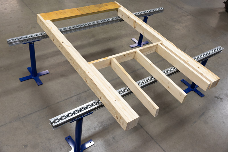 Roller Conveyor with Subcomponent